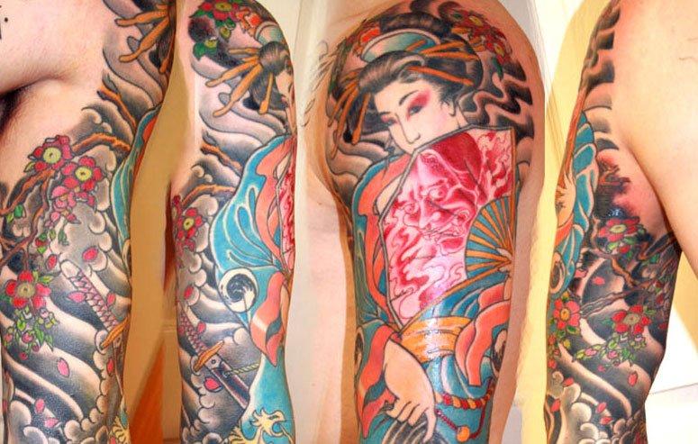 Geisha Sleeve by Johann