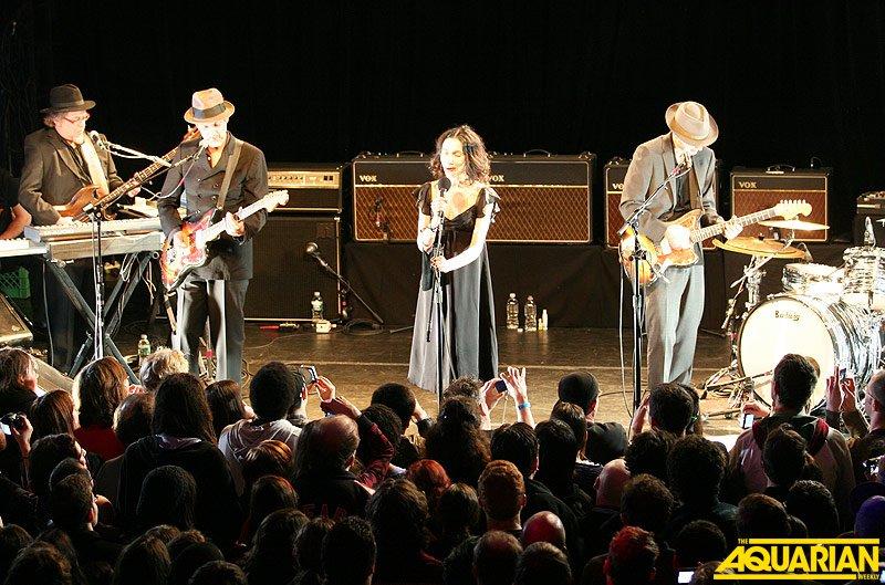 PJ Harvey & John Parish @ Fillmore At Irving Plaza (Jordana Borensztajn)